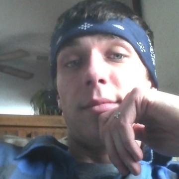 James, 25, Kalamazoo, United States