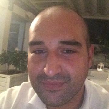 Ludovico Lanzafame, 33, Catania, Italy