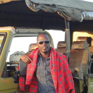 Yuna Tiya, 28, Nairobi, Kenya