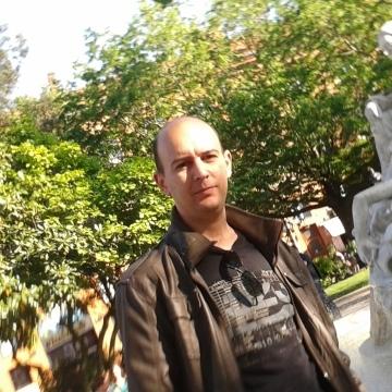 Alejandro Martinez, 31, Barcelona, Spain