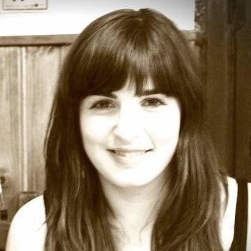 Saioa, 28, Tudela, Spain