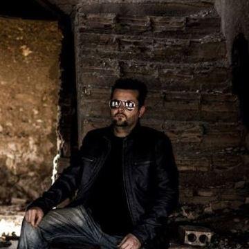 Victor Garcia Aguadulce, 33, Aguadulce, Spain
