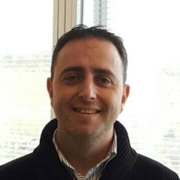 Alberto Gonzalez Izquierdo, 44, Basauri, Spain