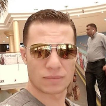 Alaa Ez, 29, Sharjah, United Arab Emirates