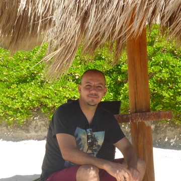 Carlos Rj, 28, Guadalajara, Mexico