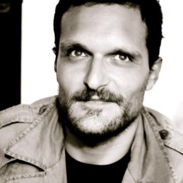 Vincenzo, 36, Napoli, Italy