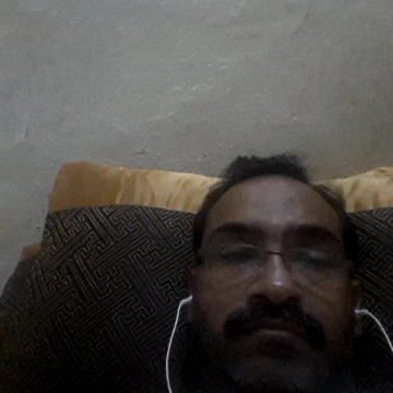 Shahid, 40, Jeddah, Saudi Arabia