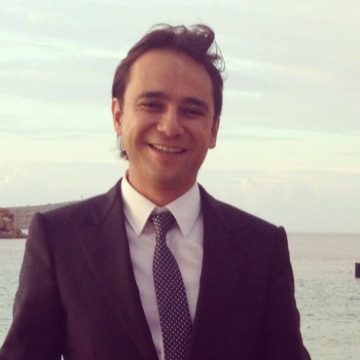 Max Oliva, 35, Alcorcon, Spain