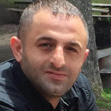Oktay Akkoyun, 36, Istanbul, Turkey