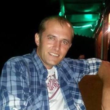 Özcan Çakır, 31, Malkara, Turkey