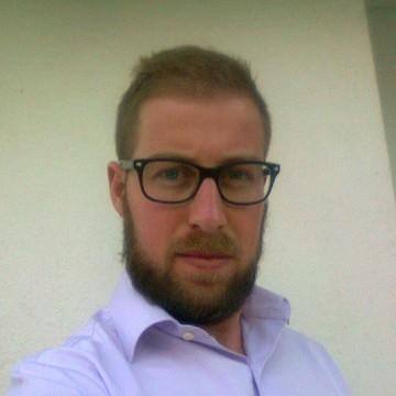 Roberto Mena Montalban, 28, Valdepenas, Spain