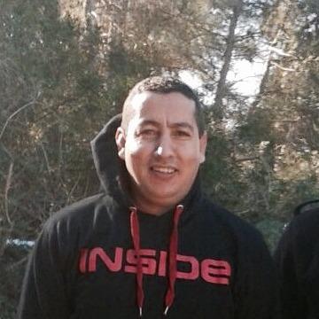 Hamid Bouazgou, 37, Tarragona, Spain