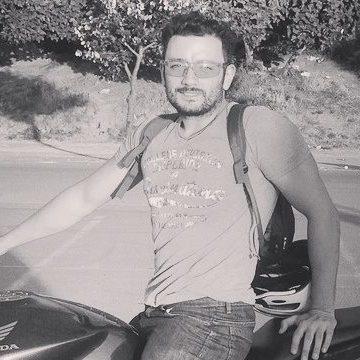 Akif Carik, 31, Istanbul, Turkey