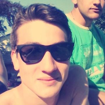 Samuel, 21, Pontevedra, Spain