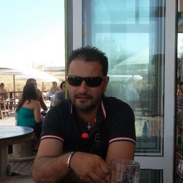 Filippo Lettieri, 35, Luzern, Switzerland