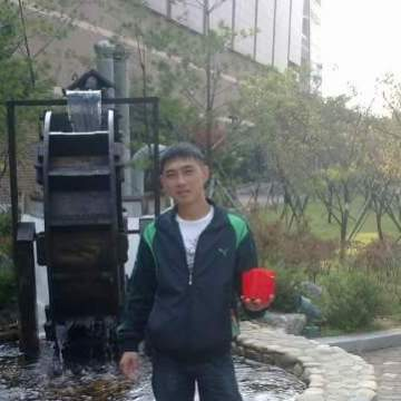 Саша Югай, 32, Seoul, South Korea