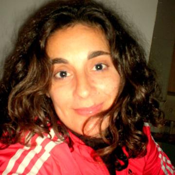 Lourdes, 36, Logrono, Spain