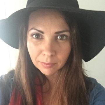Vanessa, 35, Brisbane, Australia