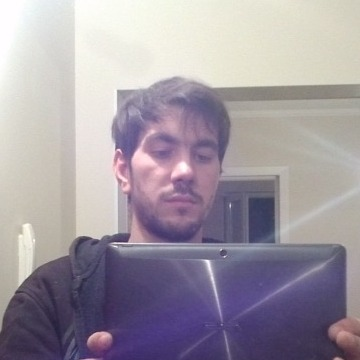 Andrew Van Dikss, 29, Kishinev, Moldova