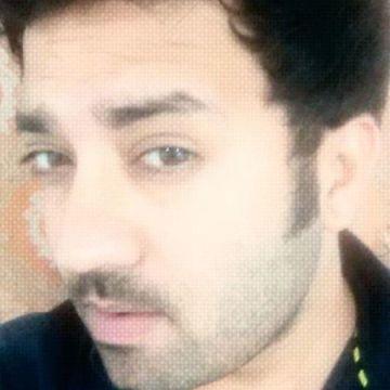 yatin wadhwa, 29, Abu Dhabi, United Arab Emirates