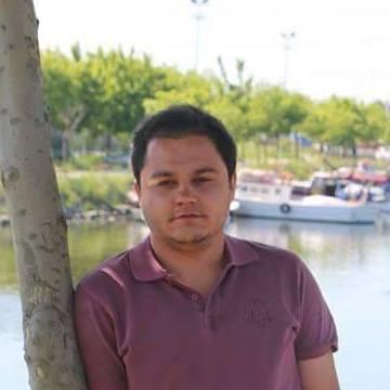 Ahmet Arı, 28, Istanbul, Turkey