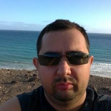 Juanjo Tomàs, 29, Sant Carlos De La Rapita, Spain