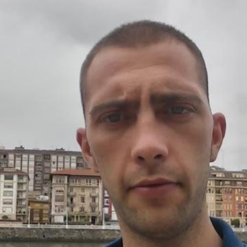 arturo, 28, Madrid, Spain
