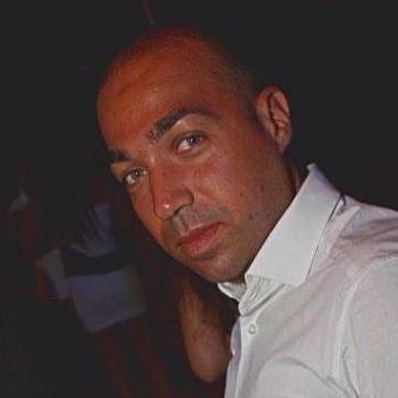 enrico, 32, Napoli, Italy