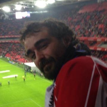 Nicolas Izaola, 30, Bilbao, Spain