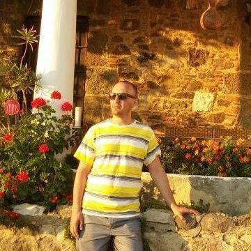 ismail, 31, Istanbul, Turkey