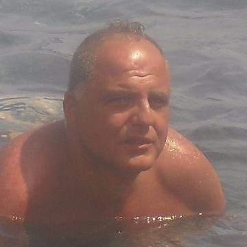 Lino Step, 45, Castellammare Di Stabia, Italy