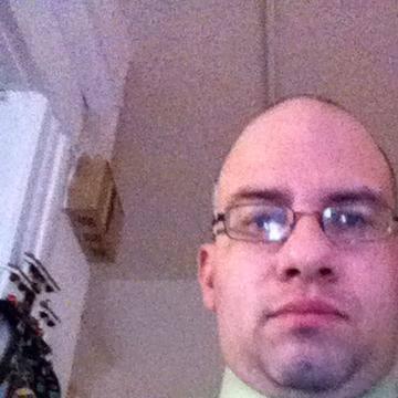 Robert Medina, 41, Chicago, United States