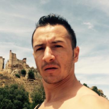 Bede Alejandro, 28, Toledo, Spain