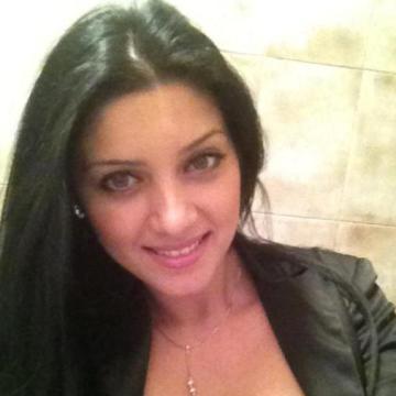 cristina, 38, Roman, Romania