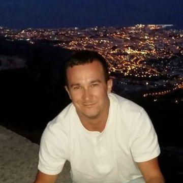 Vasiliy, 30, Fuengirola, Spain