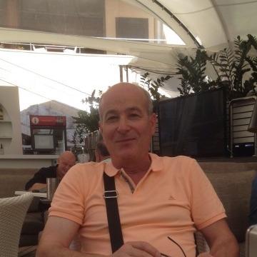 Leonardo , 57, Parma, Italy