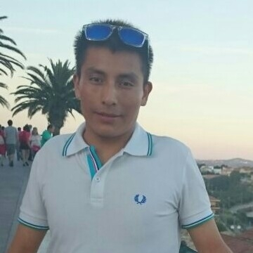 lino, 27, El Vendrell, Spain