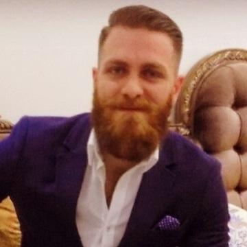 Eyad, 30, Dubai, United Arab Emirates