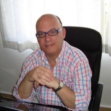 Vicente, 51, Madrid, Spain