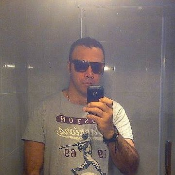 Julian Hoyos Mancera, 39, Barcelona, Spain