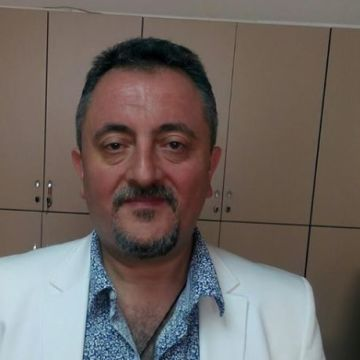 Suleyman Calis, 54, Izmir, Turkey