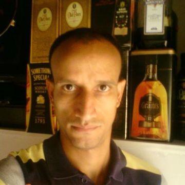 Wilmar Londoño, 38, Medellin, Colombia