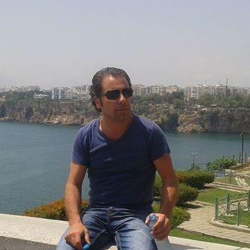 Ögeday Çerçinli, 39, Izmir, Turkey