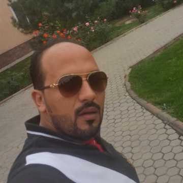abdalla, 33, Dubai, United Arab Emirates