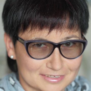 Elena, 44, Chelyabinsk, Russia