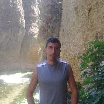 Amor de Dios, 36, Madrid, Spain