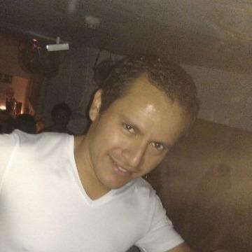 Yo, 35, Barcelona, Spain