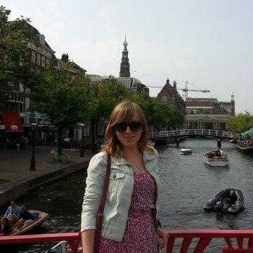 Marina, 27, Erlangen, Germany