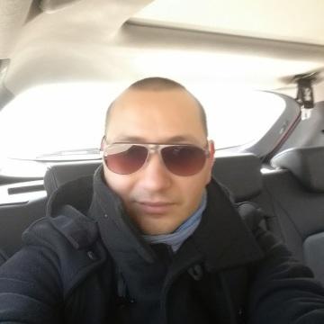Emanuele Coda, 33, Taranto, Italy
