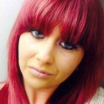 sophie Robertson, 24, Hornchurch, United Kingdom